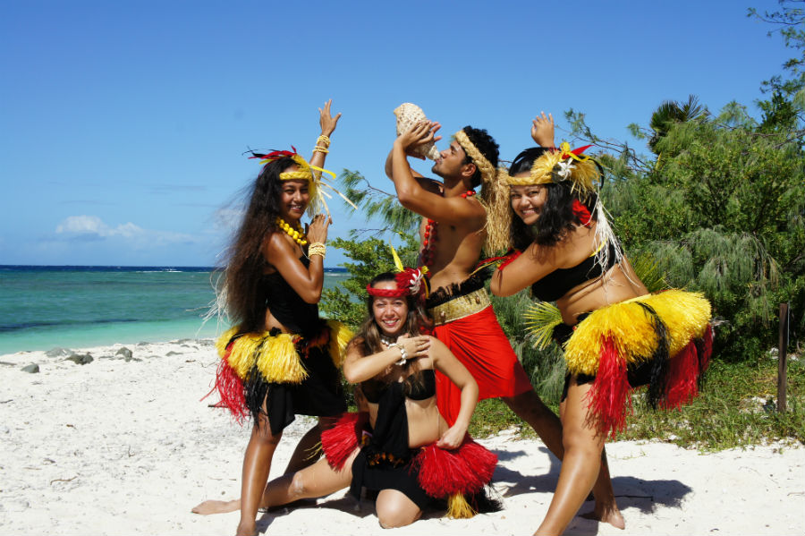 South Pacific Folklore Dancing